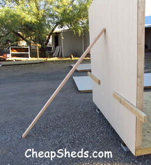 building a garden shed end wall with brace